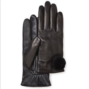 NWT Ugg Leather Pom Pom Gloves